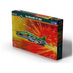 D-12 Su-22M4R 77 JBG   1:72