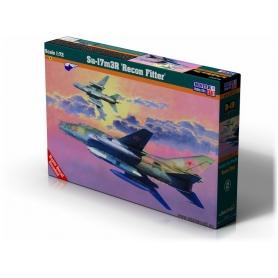 D-19 Su-17M3 Recon Fitter   1:72