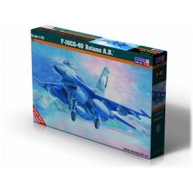 D-90 F-16 Block 40 Aviano A.B.   1:72